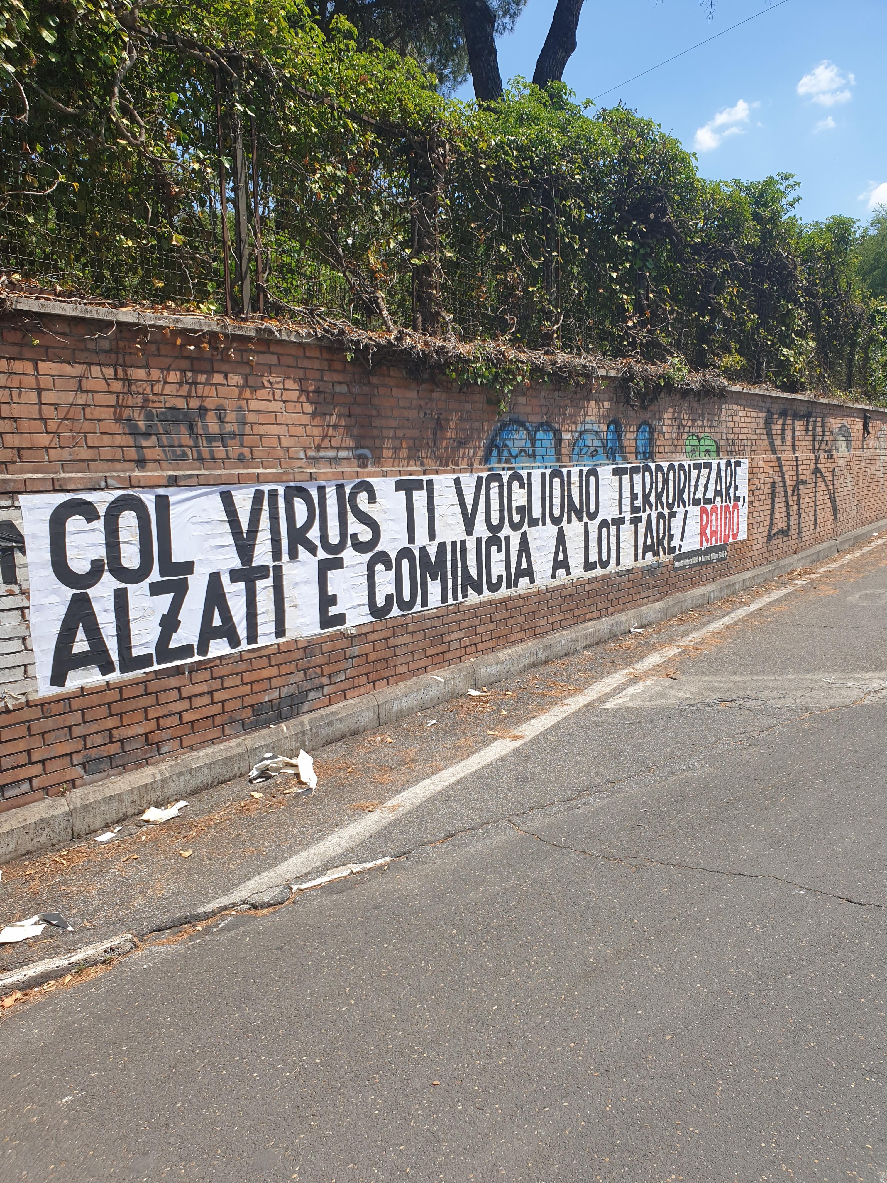 1-raido-striscione-virus