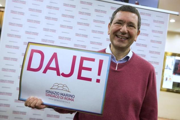 Ignazio Marino presenta la sua candidatura alle primarie per il Campidoglio