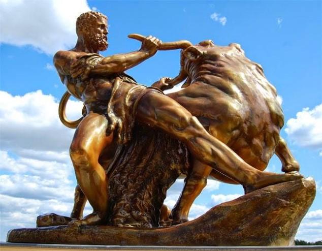Ercole ed il toro di Creta