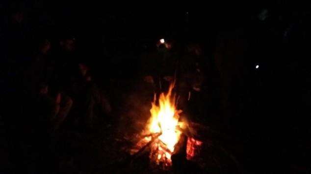 fuoco-notte-campo-invernale-2016