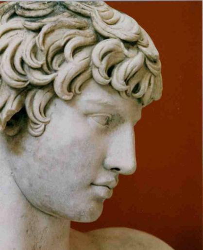 antinoo-statua-greca-volto