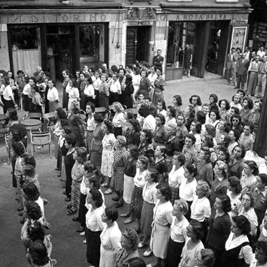 venezia-campo-san-luca-1944-ausiliarie-della-repubblica-sociale-italiana