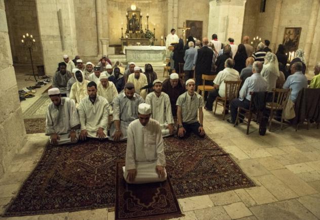 chiesa-islam-musulmani-preghiera-cattolici-religione
