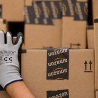 """Amazon fa i soldi, ma non con l'e-commerce. Vi spieghiamo il volto """"nascosto"""" del colosso del web."""