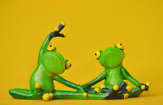 frogs-yoga